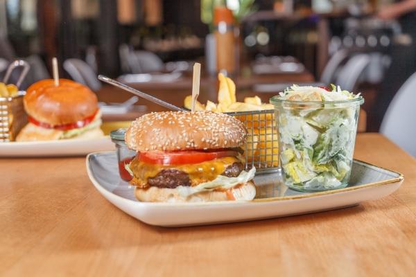 hamburger-in-schwabing-schwabinger-wassermann-2831DCF17-B29B-3584-D919-326F9B751C41.jpg